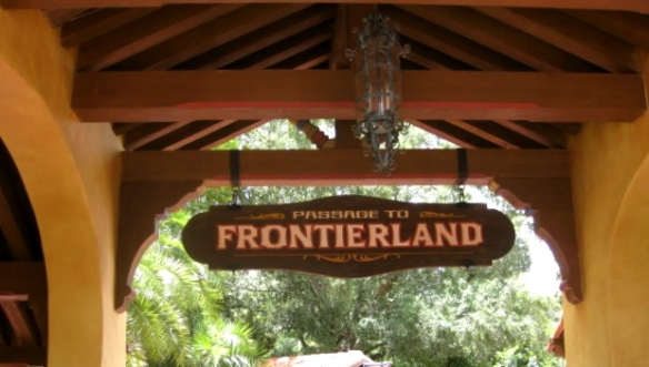 Frontierland Sign