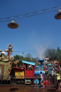 Casey Jr. Splash n Soak Station